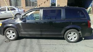 2010 Dodge Grand Caravan STOW AND GO Camionnette
