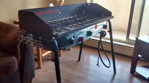 Expedition 3X triple burner propane stove