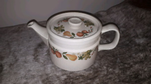 Wedgwood Quince Teapot