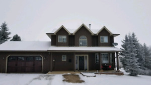 4 bedroom home in Balmoral Heights