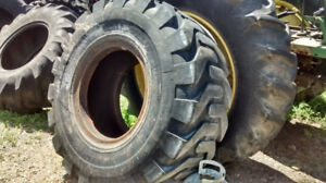 CONSTRUCTION LOADER TIRE 20 X 20.5