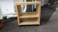 Side Table basse, Bed table chevet, meuble d'appoint Ikea
