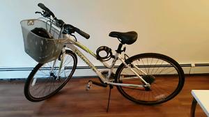 "17"" Diadora Women's Hybrid Bike"