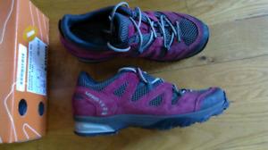 soulier de randonnée LOWA femme