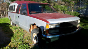 1990 Chev 1500 4x4 Parts Truck