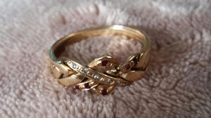Middle Eastern puzzle ring