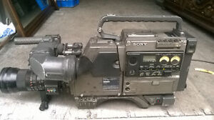 sony video  cameria  for sale   plus extras