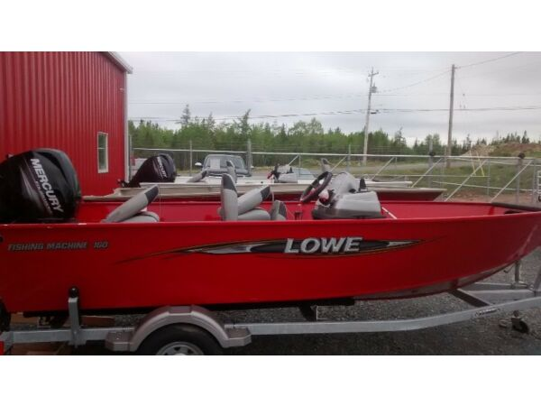 Used 2014 Lowe Boats FM160S Fishing Machine 16' Side Console
