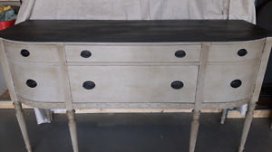 Chest of Drawers / Long Side Table