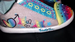 Twinkle toes indoor light up shoes /slippers size 2-3 youth