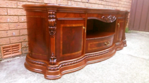 Luxury High Quality Mahogany Wood with Inlay TV Cabinet Rosemeadow Campbelltown Area Preview
