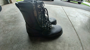 Mens Milwakee Motorcycle Boots Size 10
