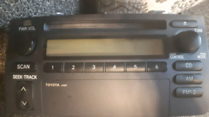 Radio Toyota Corolla AM / FM CD 2003 2004 2005 2006 2007 2008