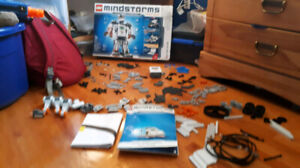 Lego Mindstorms NXT 2.0 8547 Near Complete