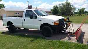99 Ford f250 4x4, only 99000km, 8'myers plow