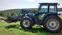 New Holland 7635 4x4 Tractor