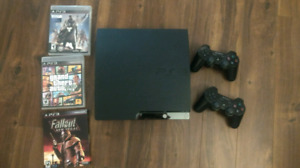 PS3 Slim Excellent Condition 2 controllers