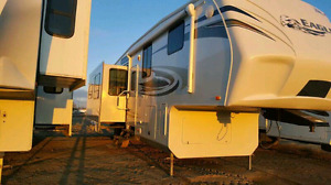 Like New 2011 Jayco Eagle 321 RLTS FIFTH WHEEL