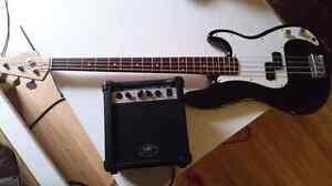 Basse Squier Fender avec Ampli