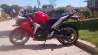 2011 Honda CBR 250R red, great condition