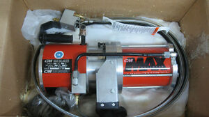 CM MAX 0950 AIR BALANCER CHAIN HOIST West Island Greater Montréal image 2