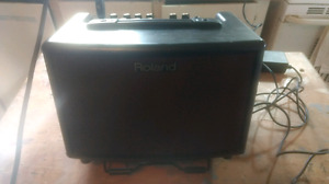 Roland AC-33 ACOUSTIC AMP barely used