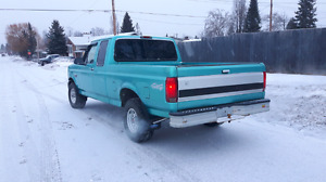 1995 ford 150 4×4 XL. 302 auto   new  dual exhaust