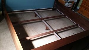 King Size Bed Frame  Kitchener / Waterloo Kitchener Area image 4