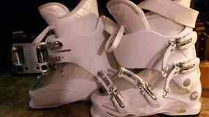Kiara 50 womens ski boot/Tech Pro Sweety skis