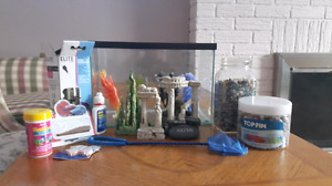 Complete Starter Fish Tank! (Tools, Food, & Decor Included)