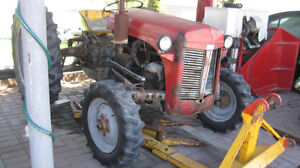 TRACTEUR  FORD 1954