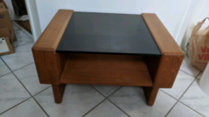 Solid Wood 2-piece Side/End/Night Tables