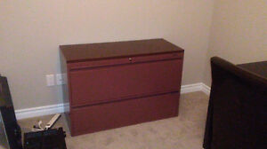 Quality 2 drawer lateral file cabinet.
