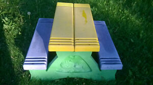 PICNIK TABLE FOR KIDS