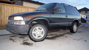 NO ISSUES! OVER $1200 NEW PARTS - BLACK LEATHER LOADED 4x4 SUV!