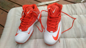 NEW Nike Zoom. Size 11 or 10.5. Football Shoes. Sneakers. Sport