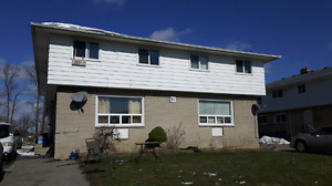 Bright and spacious Unit in Fourplex for Rent