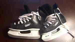 Hockey skates - size 2.5 Stratford Kitchener Area image 1