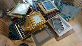 Picture and photograph frames