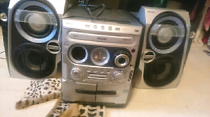 Cassette Cd radio stereo system player like new condition