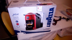 Brand new coffee machine no need for it won in a raffle draw Kippa-ring Redcliffe Area Preview
