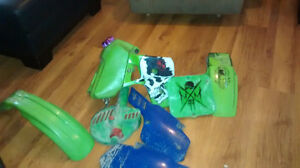 Goggles and 1989 kx80 plastics and gas tank