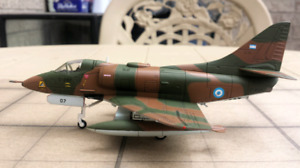 1:72 scale collectible diecast: HOBBY MASTER AIR POWER SERIES