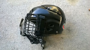 Mission Youth Hockey Helmet and Cage