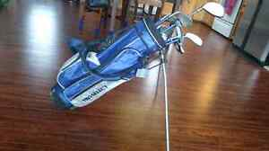 Youth Pro Select Right handed golf clubs and bag