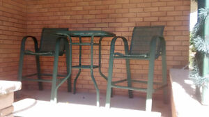 Outdoor bistro set 2 chairs and glass table Kitchener / Waterloo Kitchener Area image 2