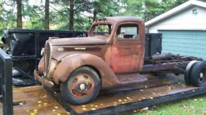 1938 Ford 2 ton