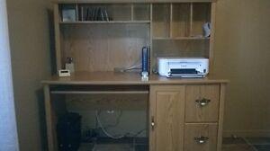 Bureau d'ordinateur
