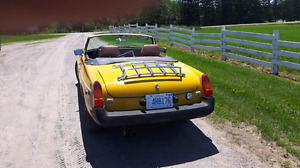 1977 MGB 8500. safty checked  obo