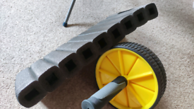 Dual wheel Ab roller with rubber grip with styrofoam kneel pad